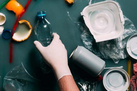 Coleta de resíduos separação e descarte